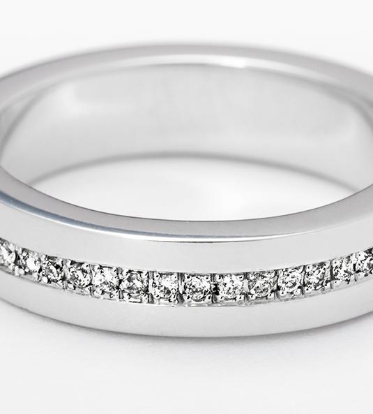 Navas-Joyeros_Alianza-diamantes_SARA-NAVARRO-13_detalle