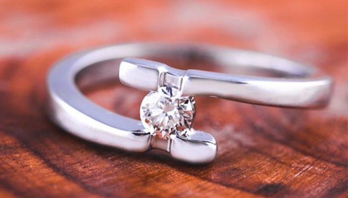 a654eb0d6eb1 Los anillos de compromiso más económicos de nuestro outlet