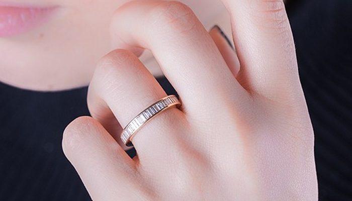 05f84d37b965 Tendencia en anillos de compromiso  la alianza sin fin - Blog Navas Joyeros  Boda