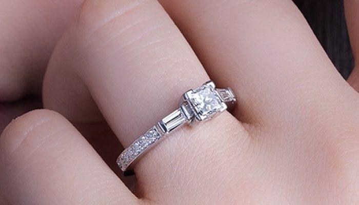 7295e2ffc85f Aprovéchate de nuestro outlet y encuentra anillos de compromiso baratos